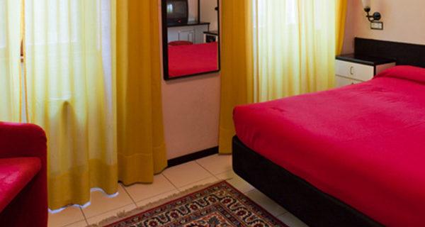 Hotel Letizia - stanza matrimoniale